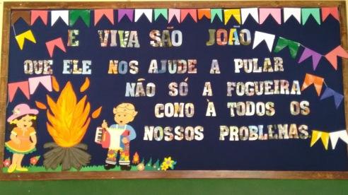 Resultado de imagem para murais escola