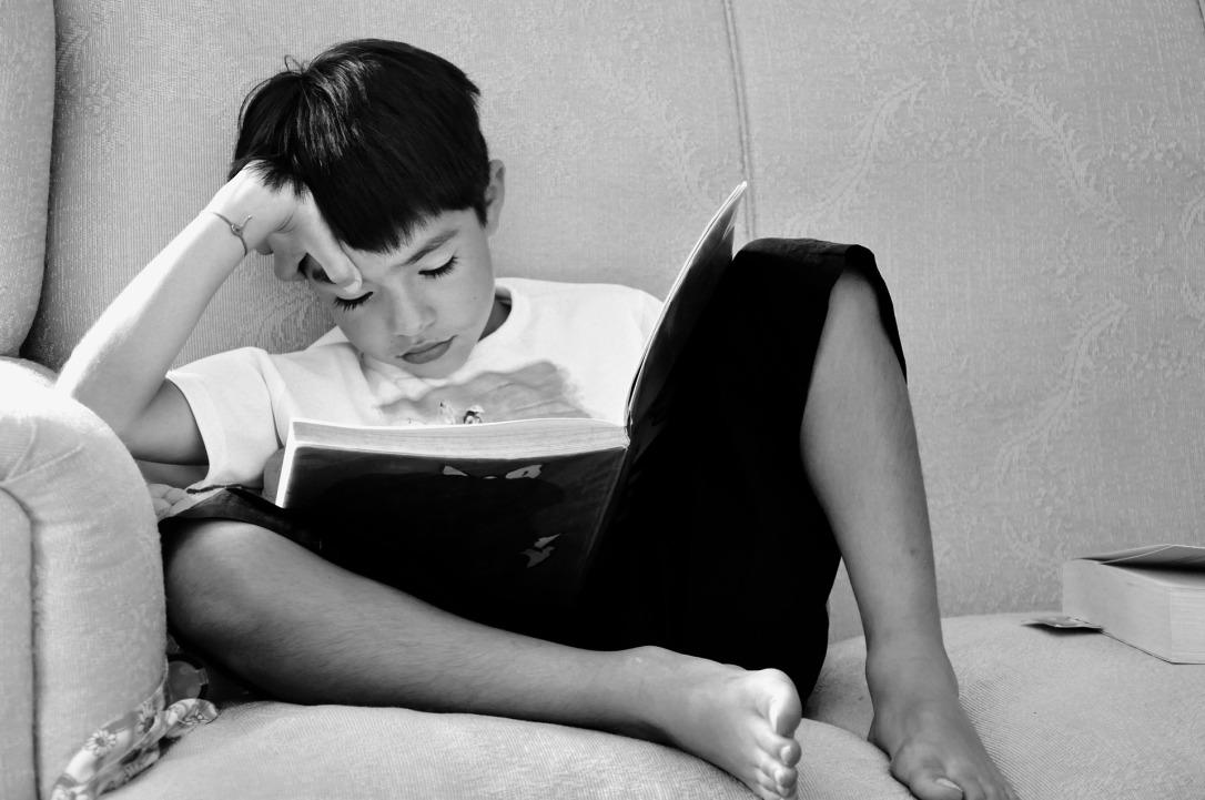 children-studying-670663_1920.jpg